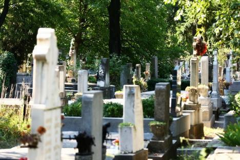 Cimitirul Municipal Rulikowski: Peste 10.000 de locuri de veci expirate