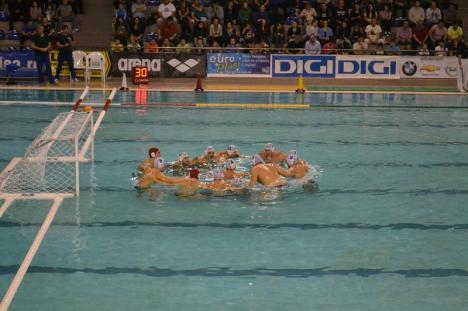 Poloiştii de la CSM susţin vineri şi sâmbătă, la Braşov, primele jocuri din semifinala Superligii Naţionale