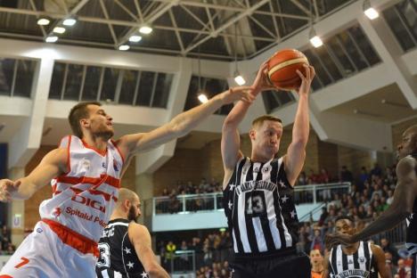 CSM CSU Oradea a pierdut cu 74-89 jocul de la Cluj