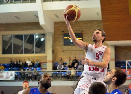 Echipa de baschet CSM CSU Oradea se desparte de unul dintre jucători
