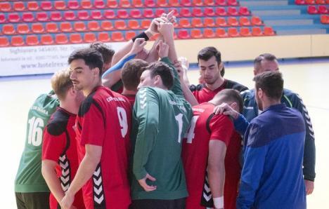 O victorie şi o înfrângere pentru handbaliştii de la CSM Oradea, în prima dublă amicală din această vară