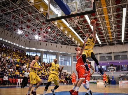 CSM CSU Oradea a câștigat, în deplasare, primul joc cu BC CSU Sibiu, din semifinalele Ligii Naționale