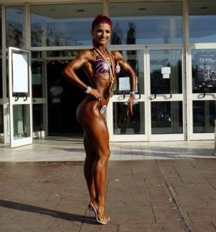 O orădeancă, instructor la Fit 4U Fitness Center, campioană la concursul internaţional de culturism Tiger Classic 2017 (FOTO)
