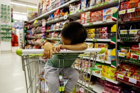 Ora liniştită: La iniţiativa CSEI Cristal, magazinele Kaufland din Oradea vor deveni 'prietenoase' cu persoanele cu autism
