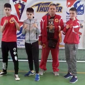 Două medalii pentru pugiliştii salontani de Basti Box, la Cupa României pentru cadeţi de la Brezoi