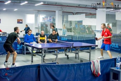 Participare numeroasă şi meciuri de calitate la Cupa Rocosoft la tenis de masă