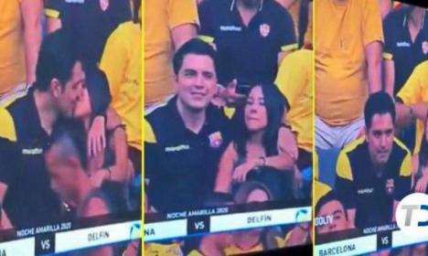 Sărutul păcătos: Deconspirat că are amantă, după ce a fost filmat sărutând-o la un meci de fotbal (VIDEO)