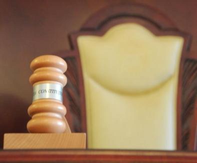 Legile Justiţiei, cu probleme: Curtea Constituţională retrimite Legea privind organizarea CSM în Parlament