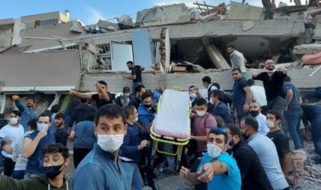 Cutremur cu magnitudinea 6,7 în Turcia și Grecia: 6 morți, peste 200 de răniți, clădiri prăbușite