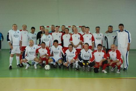 Fostele vedete ale echipei naţionale de fotbal au jucat duminică la Suplacul de Barcău