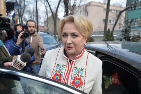 Viorica Dăncilă, în prima şedinţă de Guvern: formularul 600 se amână până în 15 aprilie şi renunţă la SPP