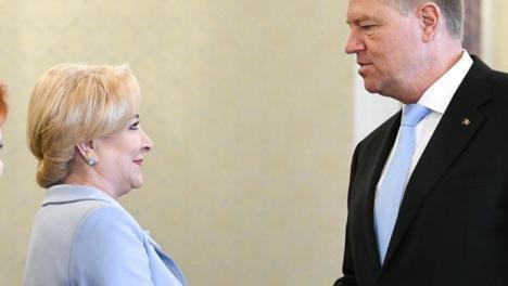 Klaus Iohannis nu vrea dezbatere cu Viorica Dăncilă. În 2014, îl acuza pe Ponta că e arogant şi lipsit de curaj dacă nu iese la confruntare