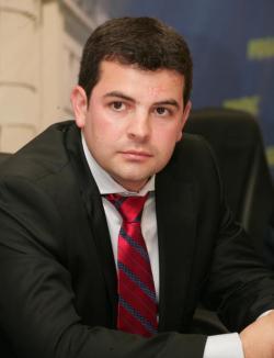 Noul preşedinte al PC este Daniel Constantin