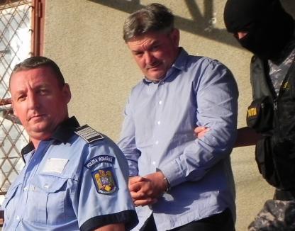 Afaceristul Cosmin Bonica a fugit de la propria arestare! (VIDEO)