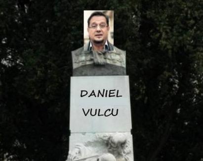 Haterii şi statuia: Fostul manager al Teatrului din Oradea, luat în vizor de… Tomy Popricaş