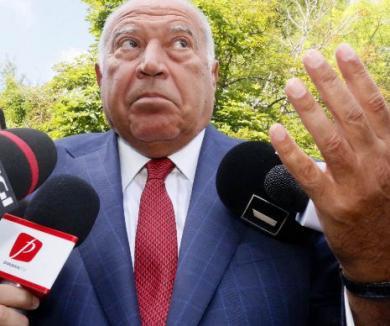 """Dan Voiculescu, acuzat că a şantajat oameni de afaceri pentru a încheia contracte de publicitate cu """"Antenele"""""""
