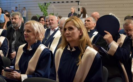 Rectorul Bungău caută noii decani pentru cele 15 facultăţi din Oradea