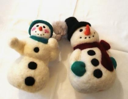 Orădenii, invitaţi să cumpere decoraţiuni de Crăciun făcute de copiii de la grădiniţele Waldorf