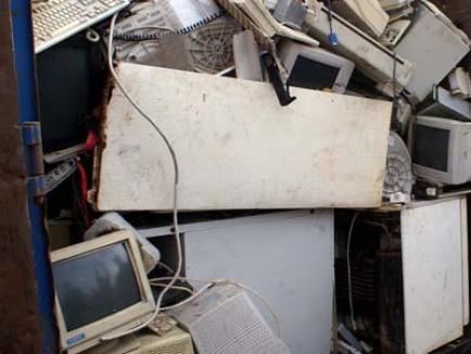 O nouă acţiune de colectare a deşeurilor electronice şi electrocasnice