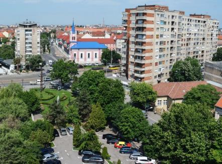 Debut cu drujba! Lucrările la pasajul pe sub Bulevardul Magheru încep cu tăierea a 26 de arbori