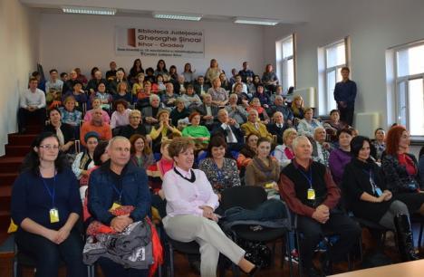 Profesori din Republica Moldova, veniţi în schimb de experienţă în Bihor, întâmpinaţi şi de membrii Uniunii Vatra Românească (FOTO)