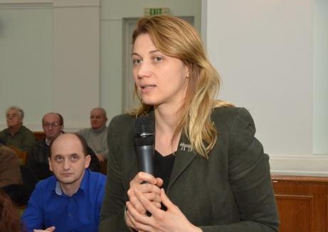 În plin scandal cu Bolojan, Delia Ungur se mută la societatea Parcuri Industriale Bihor