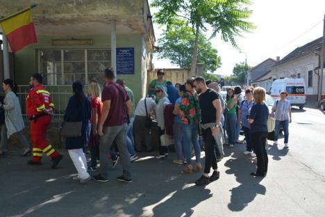 """""""Demisie colectivă"""": Toţi medicii şi 80% dintre asistenţii UPU-SMURD Bihor au semnat pentru demisie. Declaraţii Bolojan la ora 14! (FOTO)"""