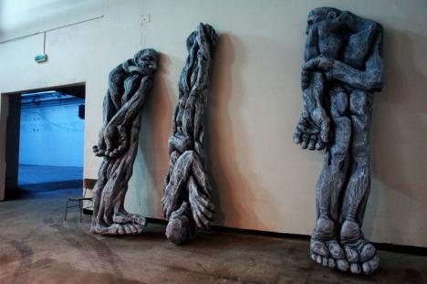 10 lucrări de artă monumentală care evocă mişcările de rezistenţă anticomunistă, expuse la Oradea (VIDEO)