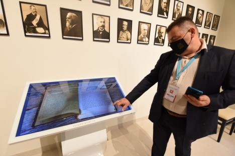 Muzeul Francmasoneriei, unic în România, s-a deschis în clădirea fostului templu din Oradea, fără masoni şi fără vreun exponat din istoria locală (FOTO / VIDEO)