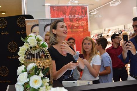 Descoperă magia parfumeriei orientale! S-a deschis primul magazin My Geisha în Oradea, în prezenţa fondatoarei brandului, Denisa Tănase (FOTO / VIDEO)