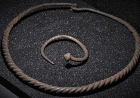 Noi descoperiri arheologice importante în Bihor. Între acestea, bijuterii din argint vechi de 2.000 de ani! (FOTO)