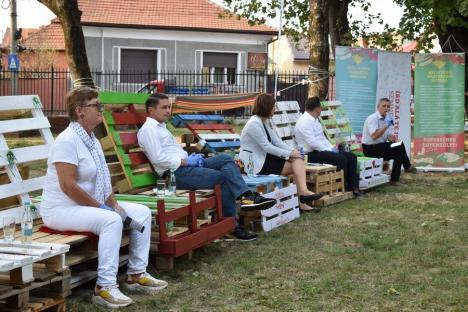Prima dezbatere cu candidaţii la Primăria Oradea, marcată de lipsa PNL-istului Florin Birta. De ce au ameninţat unii candidaţi cu plecarea (FOTO / VIDEO)