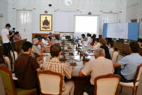 Studiu: Primăria Oradea stă prost, iar cea din Beiuş dezastruos cu transparenţa decizională