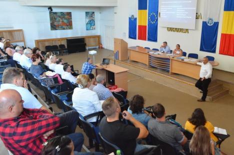 A treia oară e cu noroc? Universitatea din Oradea a trimis Ministerului Educaţiei o nouă variantă a Cartei
