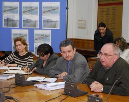 Orădenii din zona Sovata se opun construcţiei unui pod rutier (FOTO)