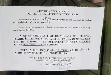 Dezinfecţie pe repede înainte: Orădeni din Piaţa Bucureşti reclamă că au rămas pe-afară, din cauza lucrărilor făcute în scările de bloc