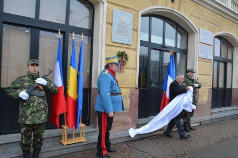 Omagiu generalului Berthelot: Pe faţada Gării din Oradea a fost dezvelită o placă comemorativă în cinstea consilierului militar al Regelui Ferdinand (FOTO/VIDEO)