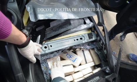 Captură importantă de droguri, făcută de DIICOT: 84 de kilograme de heroină! (FOTO / VIDEO)