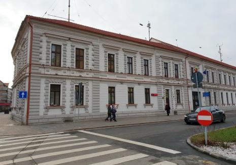 """O nouă reducere de posturi în structurile Consiliului Judeţean Bihor: organigrama Direcţiei de Evidenţă a Persoanelor """"slăbeşte"""" cu 44%"""