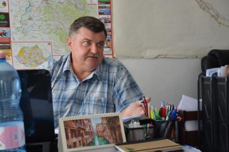 Timidul Sava: Fostul director de la Salubri Aleşd nu s-a mai prezentat la concursul de la Primăria Oradea