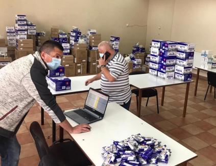 Şcolile din Bihor au primit măşti, şerveţele şi geluri antibacteriene pentru începerea pregătirilor pentru examene (FOTO)