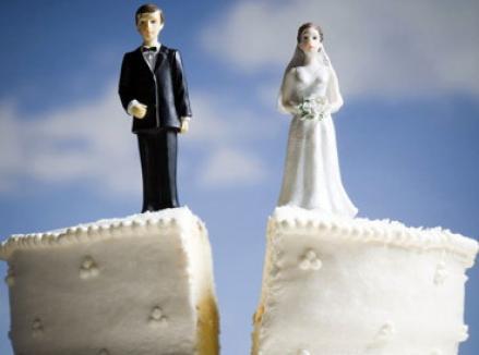 Numărul divorţurilor creşte din cauza crizei