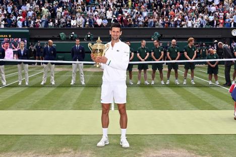 Novak Djokovic a câştigat turneul de la Wimbledon, ajungând la 20 de titluri de Grand Slam (VIDEO)