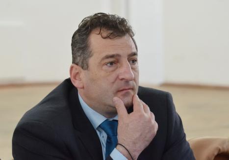 Deţinut model: Fostul primar al Beiuşului, Adrian Domocoş, se cere afară din puşcărie. Ce i-au răspuns judecătorii