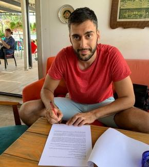 Dragan Zekovic va juca pentru CSM CSU Oradea şi sezonul următor