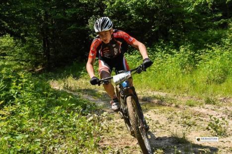 Cinci clasări pe podium pentru cicliştii orădeni de la Carcover Racing Team la cele mai recente concursuri