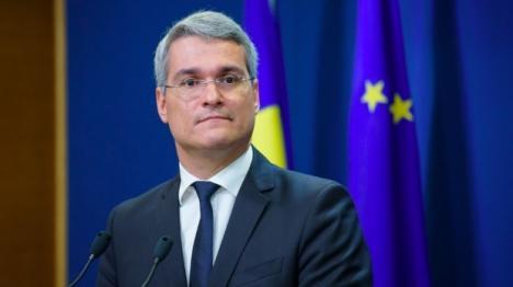 Partener Start-Up: Ex-ministrul tehnocrat Dragoş Pîslaru va prezenta, la Universitatea din Oradea, oportunităţi de finanţare nerambursabilă