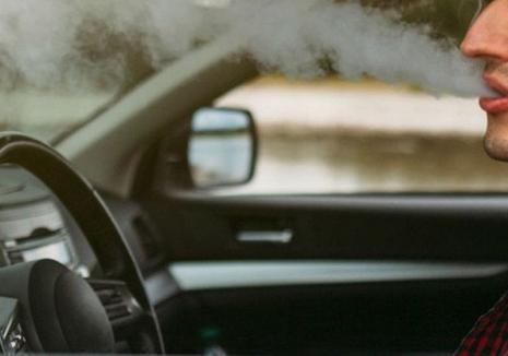 Drogat la volanul unui Mercedes, prins pe Dealul Viilor. Şoferul a rămas fără permis şi s-a ales cu dosar penal
