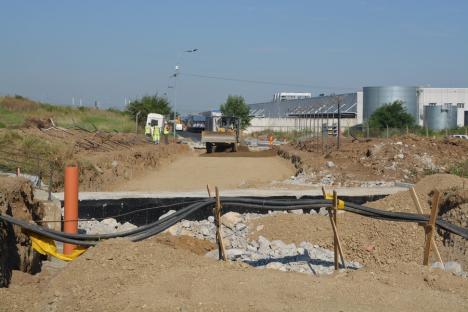 Drumul de legătură dintre Calea Aradului şi Piaţa 100 ar putea fi dat în folosinţă în luna octombrie (FOTO / VIDEO)