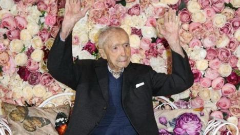 Un român a devenit cel mai bătrân bărbat din lume, la 111 ani şi 6 luni